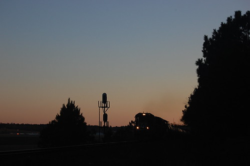 railroad light sunset shadow silhouette train dark diesel dusk ns horizon rail trains rails locomotive signal railfan signaltower dieselengine norfolksouthern trainspotter 595 railroading mallin railspotter primemover trainfan cpmallin d9cw controlpointmallin upmilepost595 milepost595