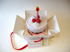 Felt strawberry birthday cake | by Sílvia Leite