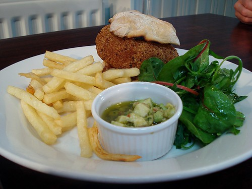 Lentil and herb burger at the Yellow House Bar, Lower Road, London SE16 | by Kake .