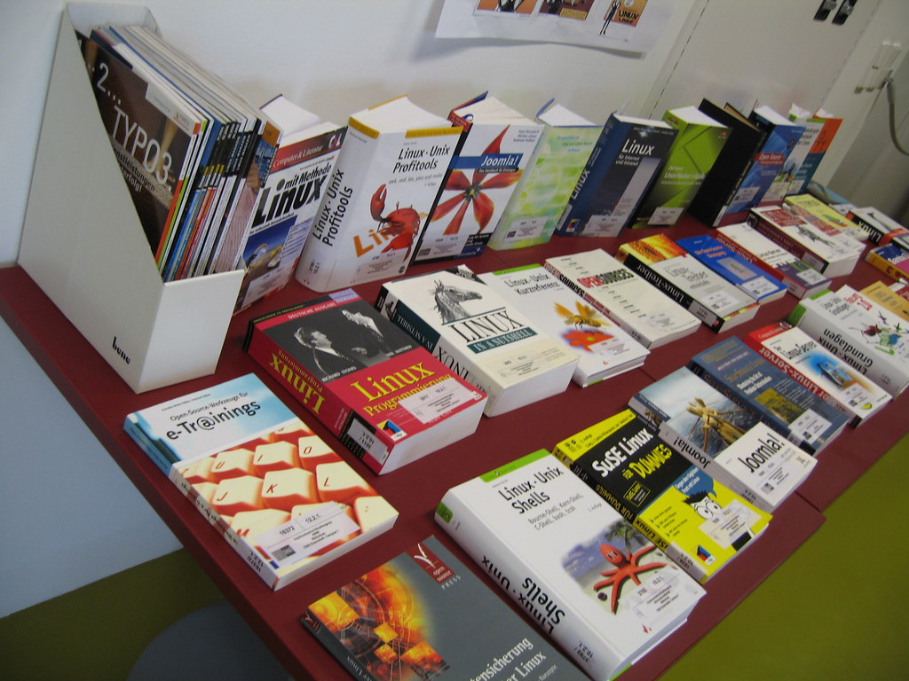 """Linux weeks, books and magazines 