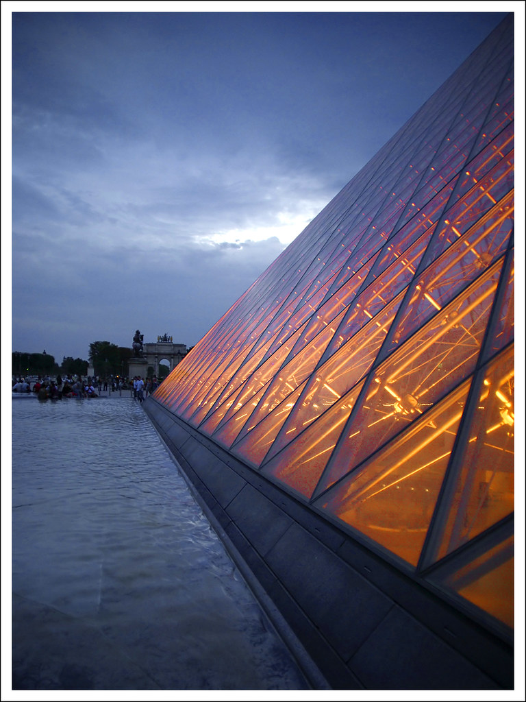 Palais du Louvre - The Pyramide
