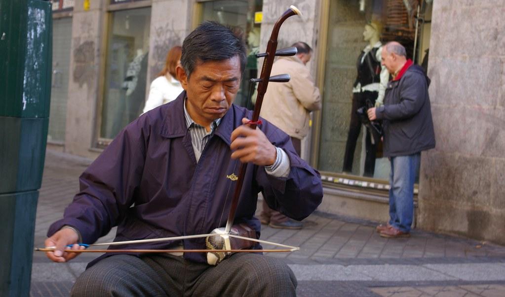 Música tradicional china | En La Latina. Sonaba muy bien. | Flickr