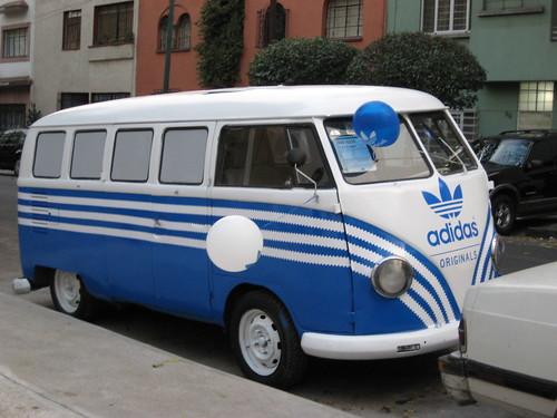 Adidas VW