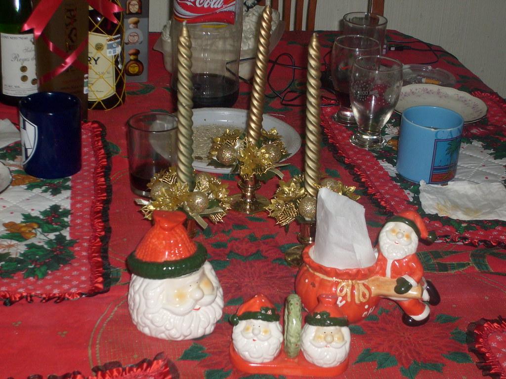 Adornos navide os estos son algunos de los adornos que for Cuales son los adornos navidenos