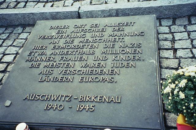 Auschwitz-Birkenau - Holocaust memorial plaque in German