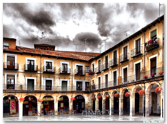Leon_Plaza_Mayor_03