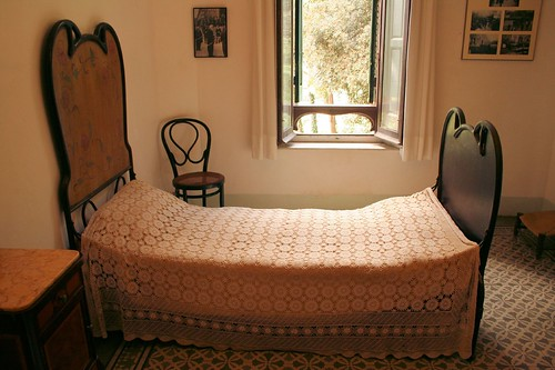 Gaudi's Bedroom in his House in Park Güell | by Son of Groucho