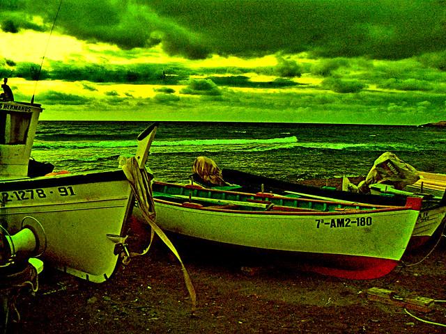 Barcas (2).-