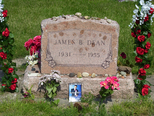 James Dean Grave with Morrissey tribute - 1 | On our way hom… | Flickr