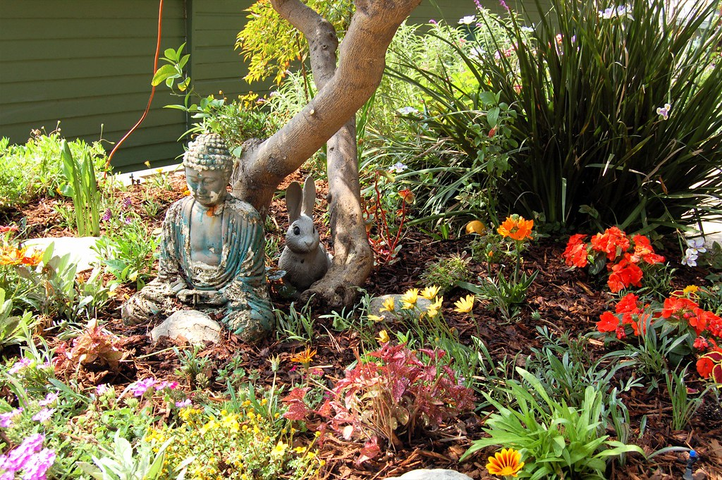 Zcla Wpa Garden Buddha Rabbit Jpg Meet The People Witness The Events Big Mind Zen Center Flickr