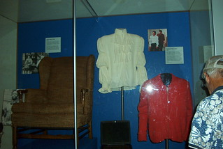 Archie S Chair Seinfeld S Puffy Shirt And Mr Rogers Swe Flickr