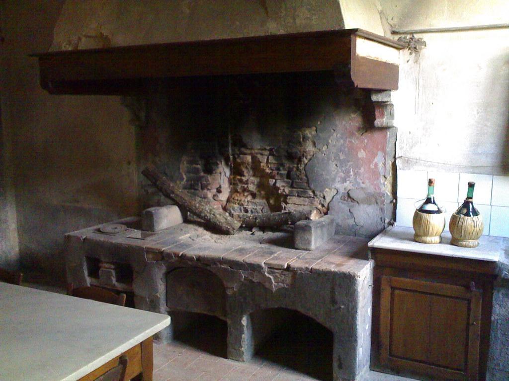 vecchia cucina | villa di petriolo, cerreto guidi, toscana ...