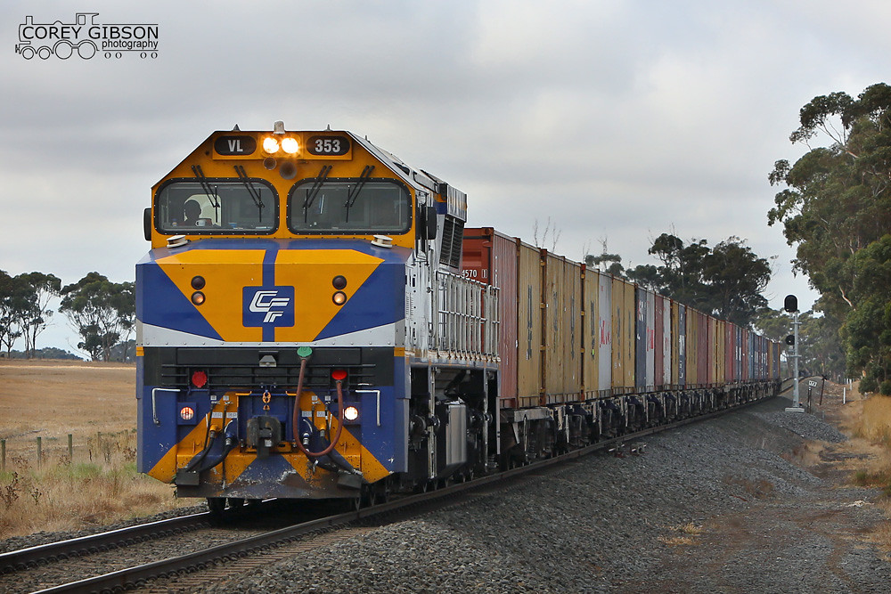 VL353 with the down 9719V QUBE  Dooen service by Corey Gibson