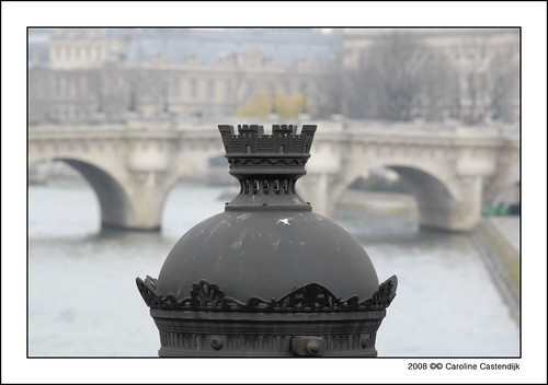 bridge paris france photography caroline cc event curacao crown allrightsreserved pontneuf pontstmichel carolinecastendijk castendijk ©2008carolinecastendijk fotografiecuracao curaçaofotografie curacaofotografie carolinecastendijkphotography photographycuraçao carolinecastendijkfotografie carolinecastendijkphotographer