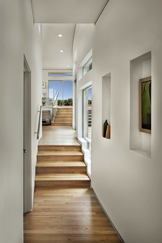 Curving Corridor | by Jeremy Levine Design
