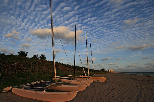Cloud sailing on Jupiter beach