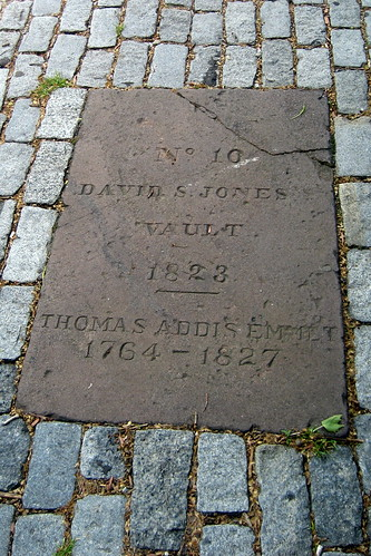 NYC - East Village: St Marks Churchyard - David S. Jones Vault, Thomas Addis Emmit | by wallyg