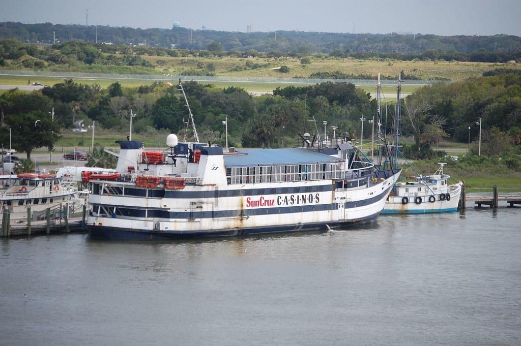 Suncruz casino boat bella terra casino in indiana