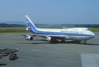 Aerolíneas Argentinas Boeing 747-287B; LV-MLO@ZRH, August 1980