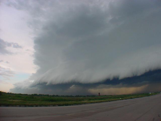 052204 - Nebraska Shelf Cloud!