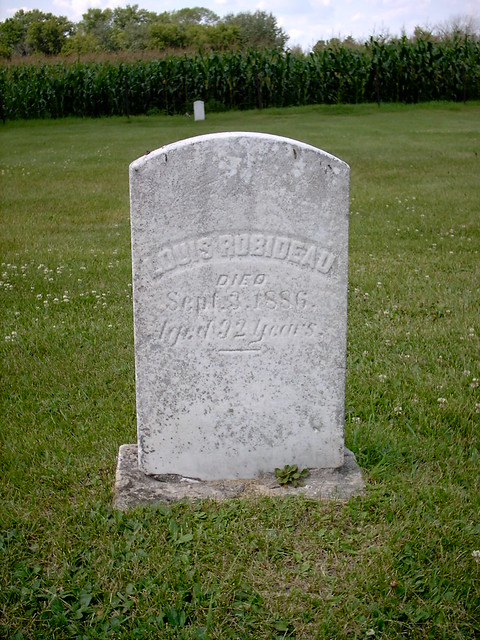 Headstone of Louis Robideau