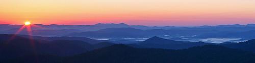 morning blue sun mountains sunrise drive nc asheville northcarolina ridge parkway pisgahnationalforest interestingness29 i500