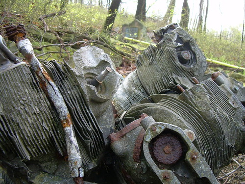 geotagged geocaching crash aircraft wwii worldwartwo curtiss laurelridge helldiver stategamelands ge026c sgl42