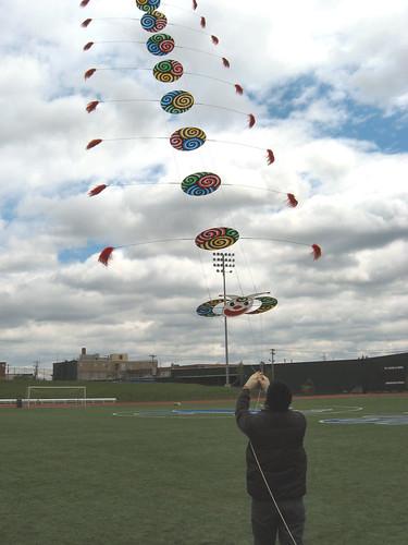 Buteo Huang kite train | by kapDave