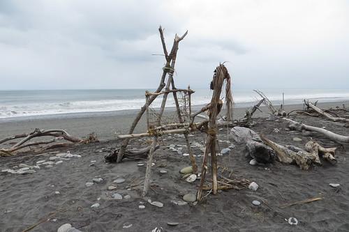 Driftwood Artist, Hokitika Beach, New Zealand