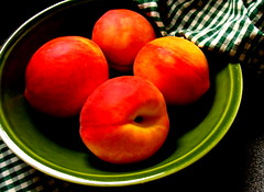 peaches (I)