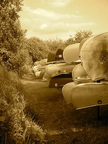 Canoes Round Isles 2271