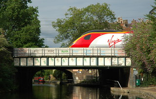 Pendolino | by Mike Knell