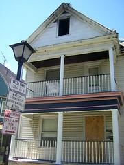 60 Brantford Place