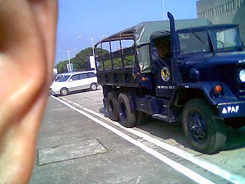 071505_MilitaryTruck
