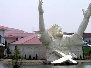 giant_jesus6