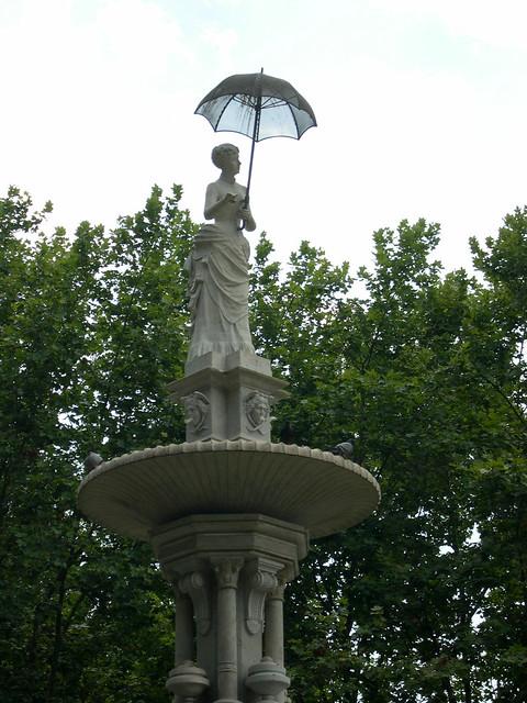 | Dama del Paraguas |