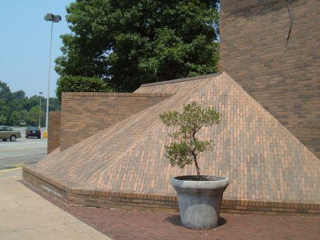 Newmarket Pyramid