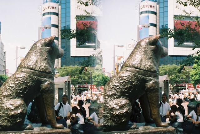 Hachiko statue outside Shibuya station
