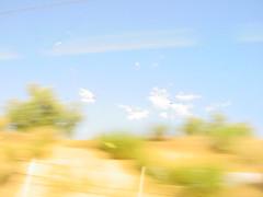 nubes color oliva