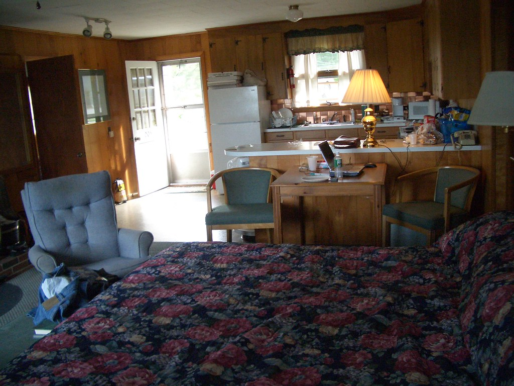 Our Room, 20050812, Ocean Gate Inn, Southport Island, Maine
