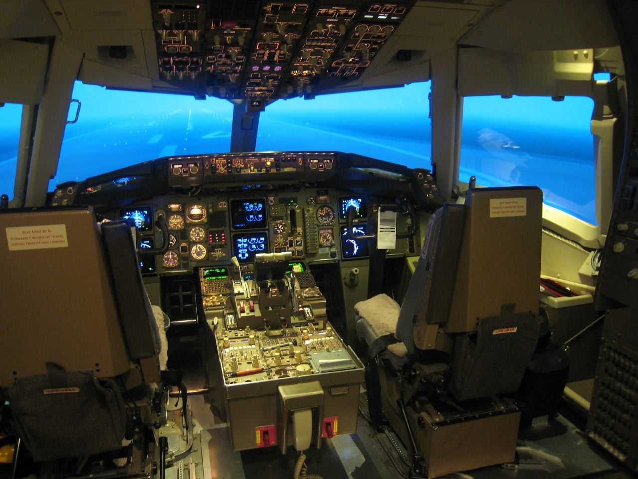 Boeing 767 Simulator Training - a photo on Flickriver