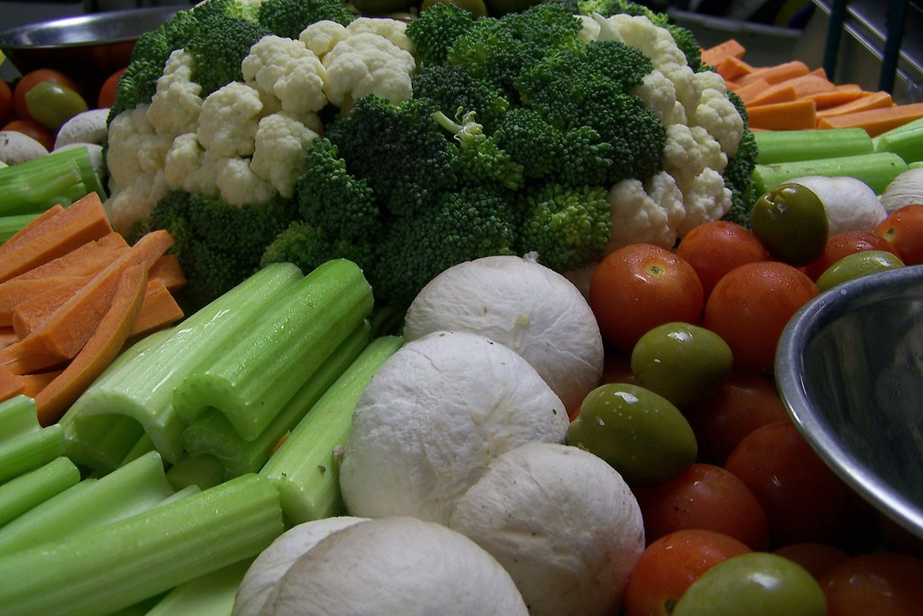 Marvelous Food Art Close Up Of A Veggie Tray For 30 People D A K Beutiful Home Inspiration Aditmahrainfo