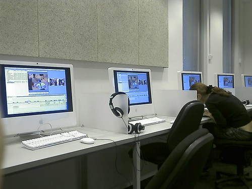 Video editing class | by YuvalH