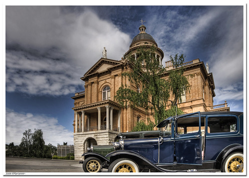 california old 3 cars ford car antique auburn courthouse hdr fords goldcountry exp photomatix sfchronicle96hrs