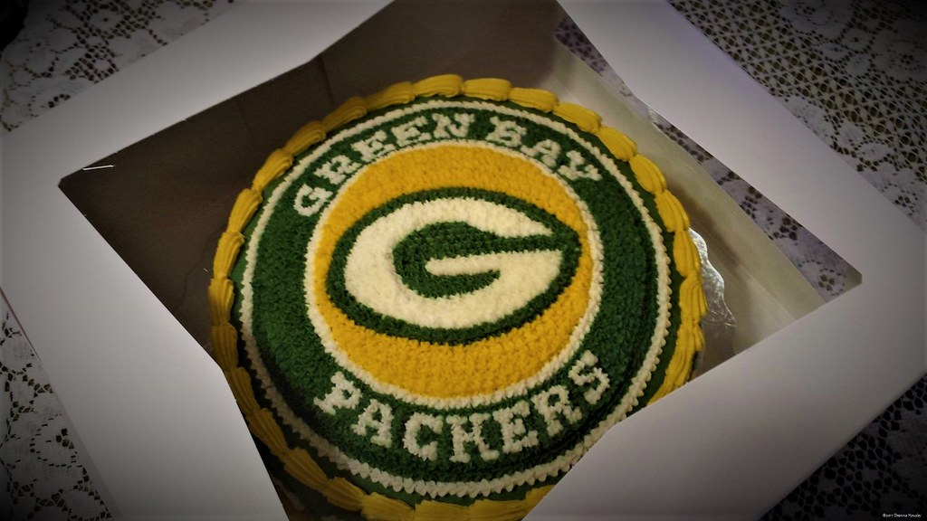 Amazing Green Bay Packers Birthday Cake A Photo On Flickriver Personalised Birthday Cards Rectzonderlifede
