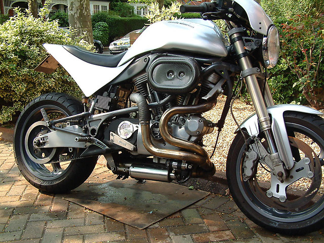 Buell S1 side | X1 swingarm, Vance and Hines exhaust with gr… | Flickr