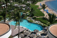 Sheraton Pool | by webnelly
