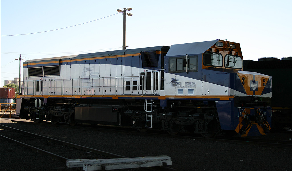 VL356 at Dynon by michaelgreenhill