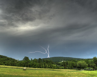 Lightning over Short Hill Mountain | by kcdsTM