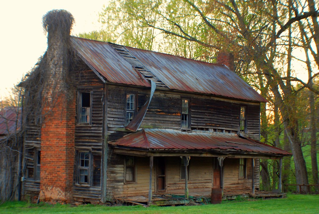Eliments are taking its tole | old farm house in Newton NC